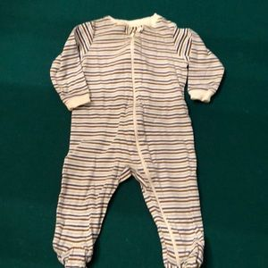 Faded Glory Long Sleeve footed Onesie